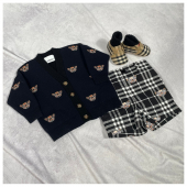 Look of the day • Total #burberry #ilmarmocchioshop #kidswear