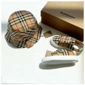 Burberry accessories In boutique #ilmarmocchioshop - #kidswear #ss21