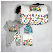 Nuova Collezione #newborn 🐻 disponibile in boutique #ilmarmocchioshop e #online - #newcollection #moschinobaby