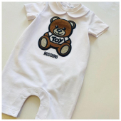 Baby #moschino🐻 disponibile in boutique #ilmarmocchioshop e #online - #kidswear#ss21 #moschinokids
